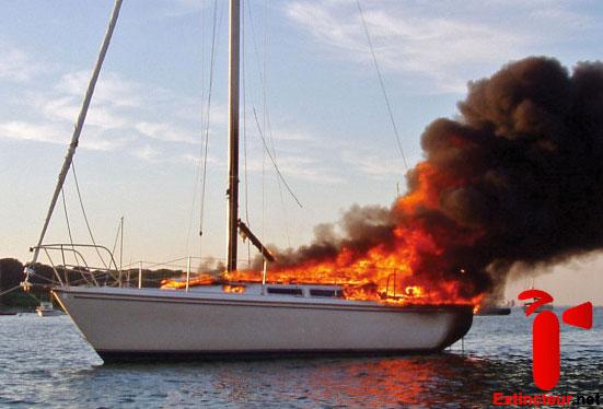 extincteur bateau pour la s u00e9curit u00e9 incendie  u00e0 bord
